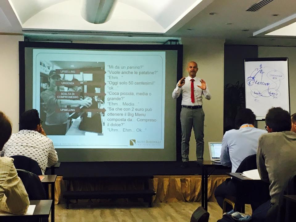 Massimo Petrucci da Alfio Bardolla Corso da Lead a Cliente (lead generation)