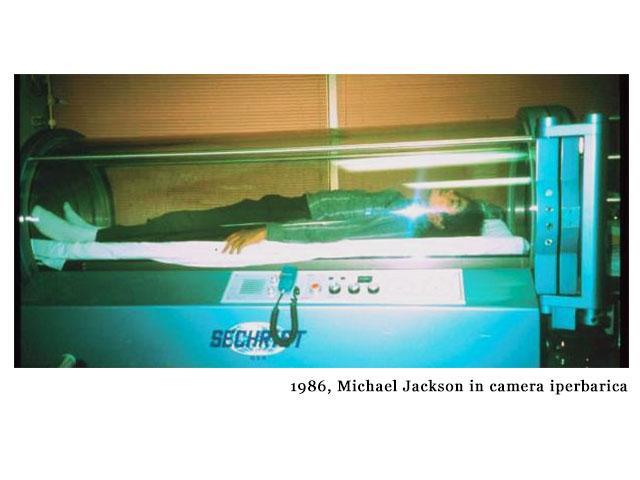 storytelling Michael Jackson dorme in camera iperbarica